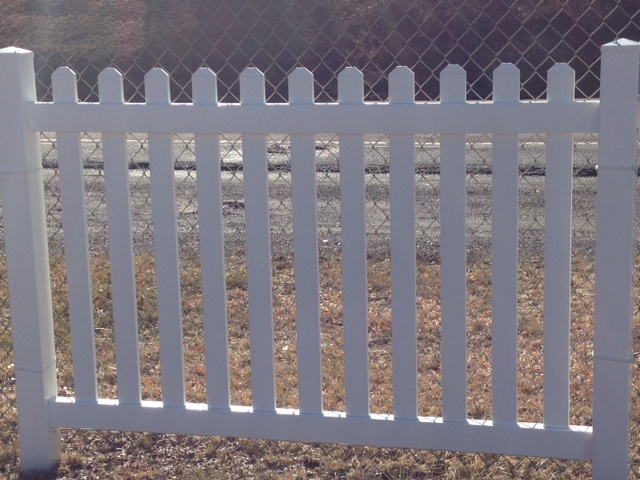 Straight Wide Picket Fence Precision Vinyl Systems Inc